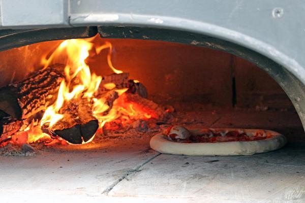 Pizza Ofen Feuer
